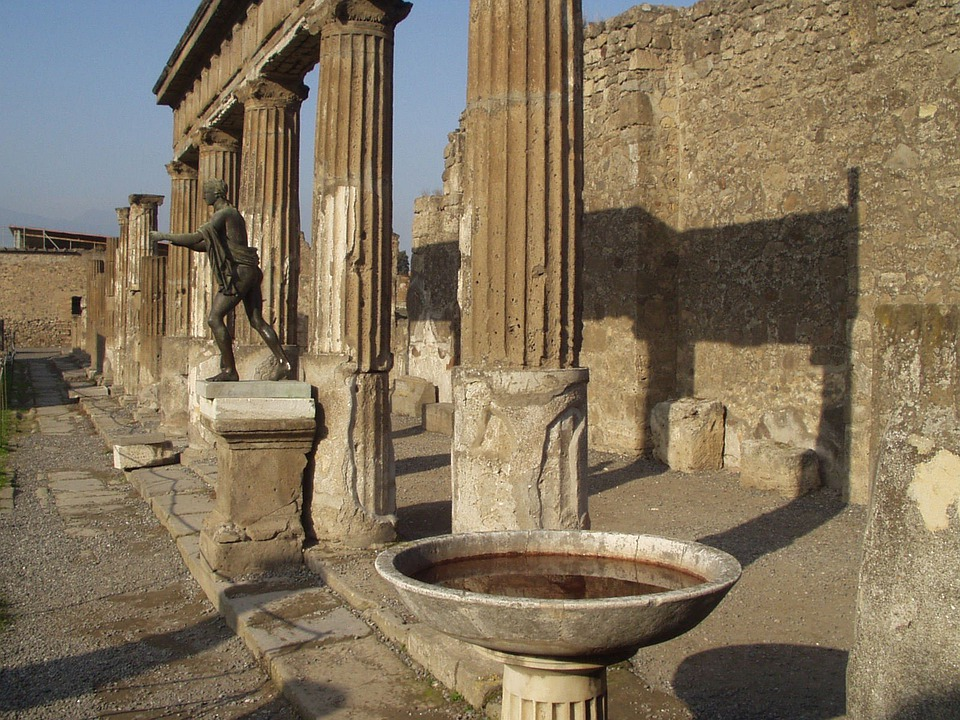 Columnar, Pool, Statue, Old, Pompeii, Naples, Italy