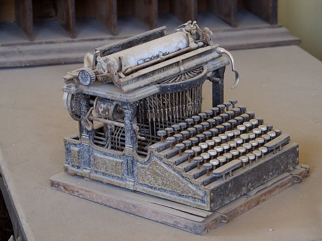 invention of typewriter