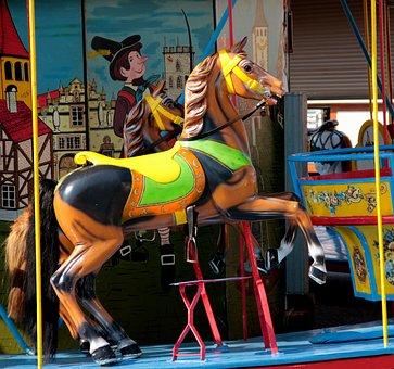 Kinderkarussell, Pferdchen, Kirmes