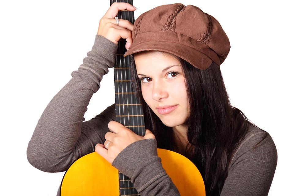 free photo acoustic guitar cute female girl free image on pixabay 15598. Black Bedroom Furniture Sets. Home Design Ideas