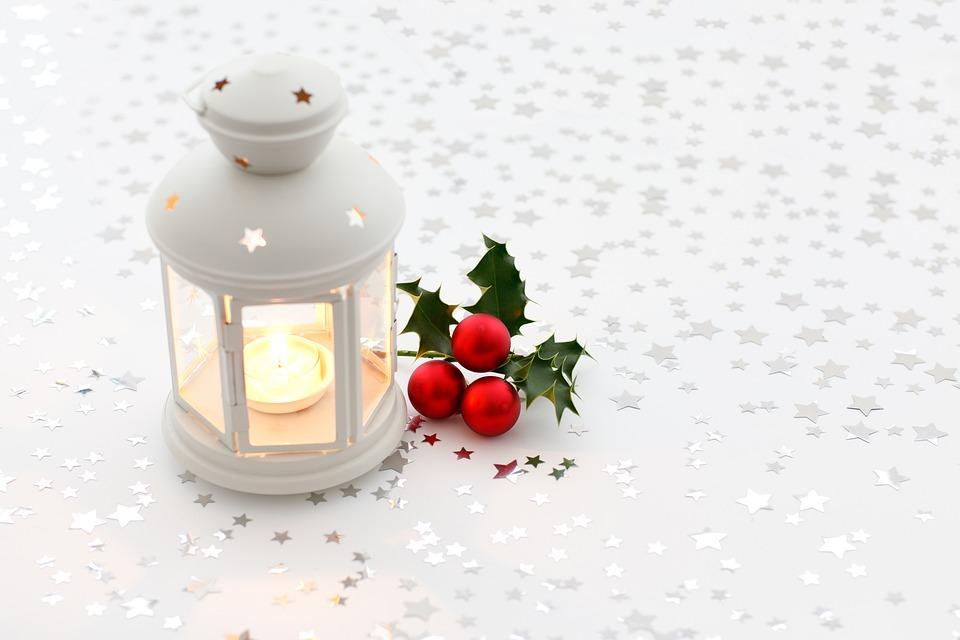 Foto gratis sfondo candela natale colorato immagine for Decorazione lanterne natale
