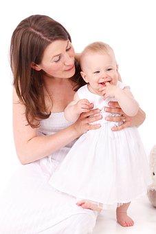 用母乳给宝宝洗脸好吗