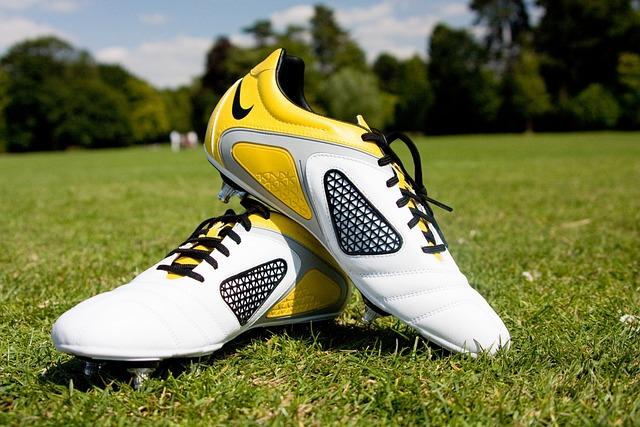 Pelotas Y Chimpunes Nike Hd 1280x768: Free Photo: Football, Boots, Shoes, Sport