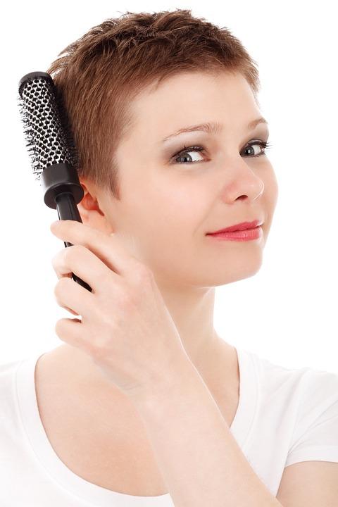 Cepillo para el cabello: ¿Con qué frecuencia lo cambias?