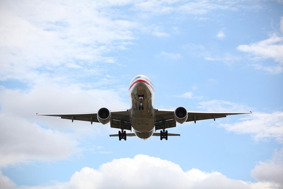 旅客機、ジェット旅客機、飛行機、着陸装置