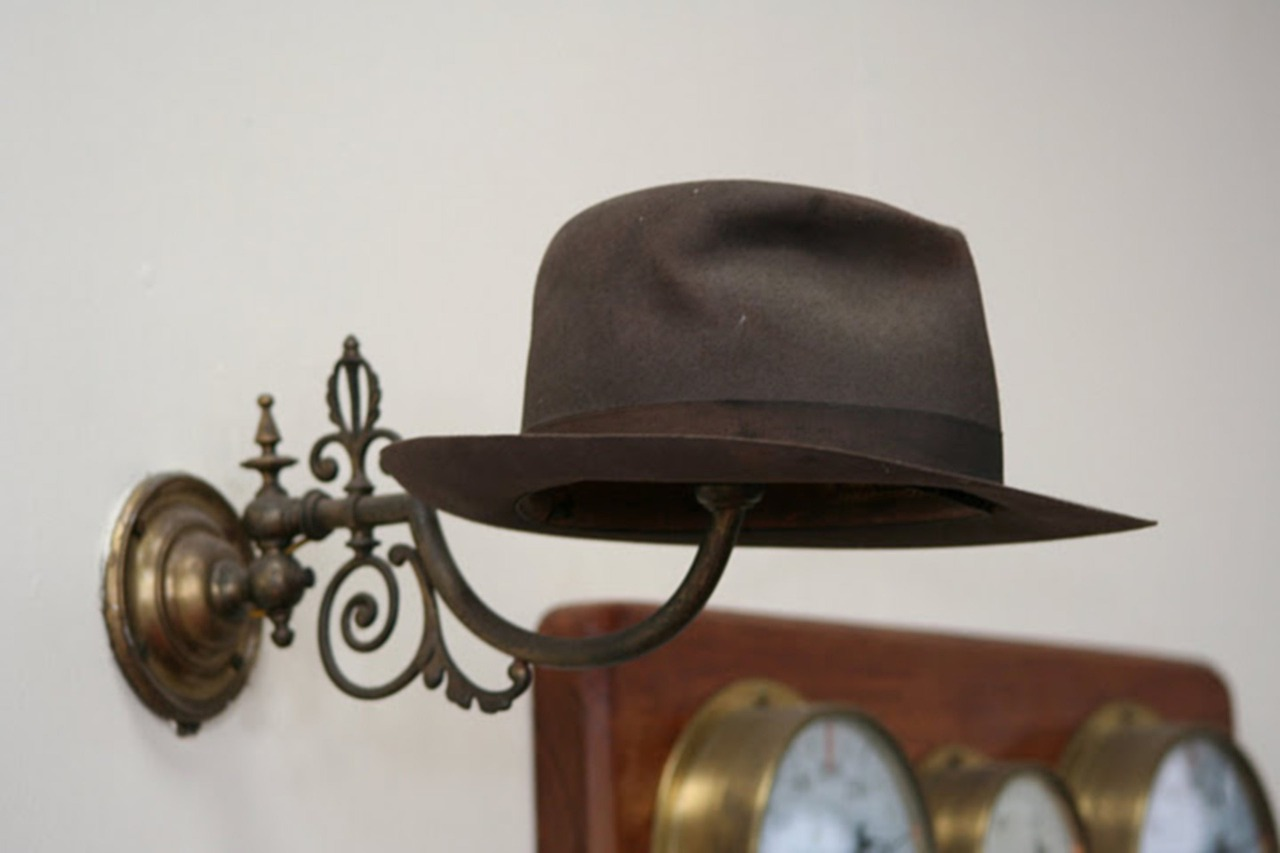 solo hat rack