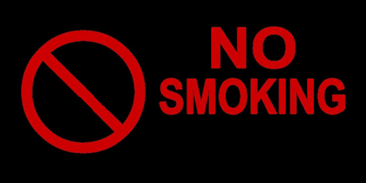 Buat aturan tidak boleh merokok di rumah