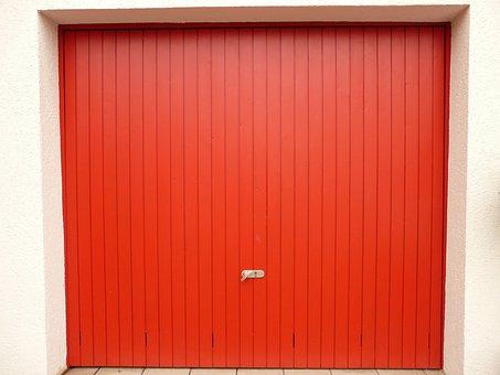The Benefits of Insulated Garage Doors