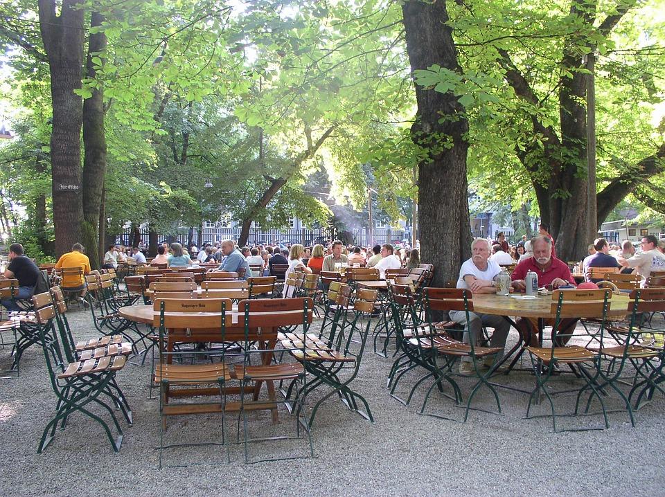 Birreria all 39 aperto ristorante foto gratis su pixabay for Layout di patio all aperto
