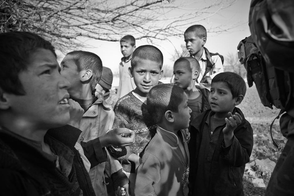 Dzieci, Afganistan, Ciekawski, Chłopcy, Żebranie