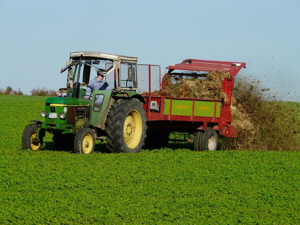 Lieblings Landwirtschaft Traktor Düngen - Kostenloses Foto auf Pixabay @BN_31