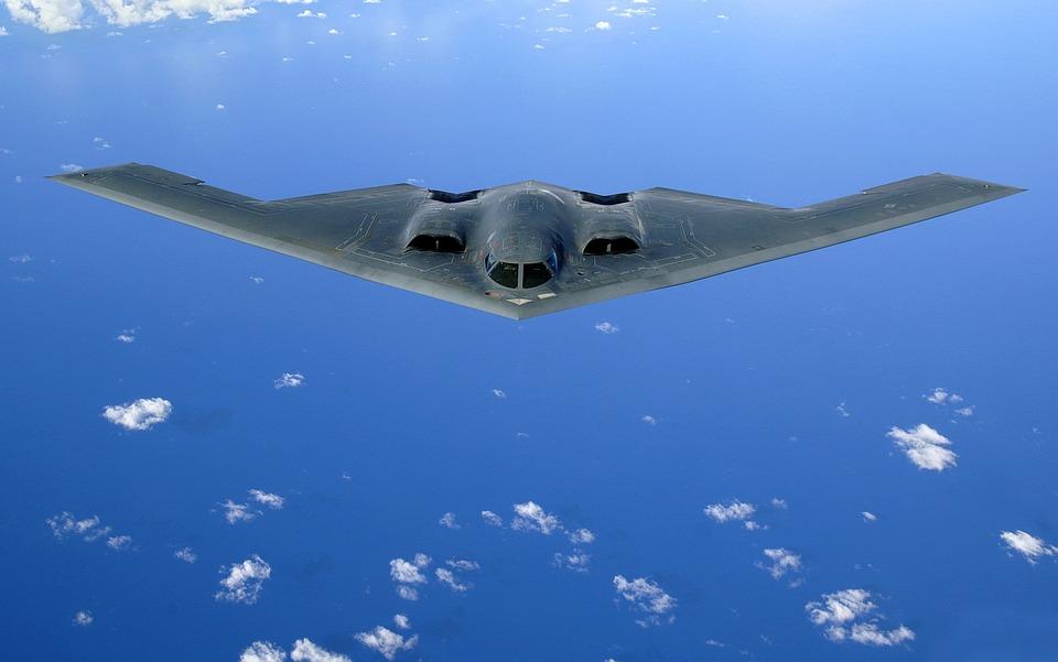 デルタ翼, 航空機, ステルス爆撃機, 不可視のマント, B 2 スピリット, ノースロップ ・ グラマン
