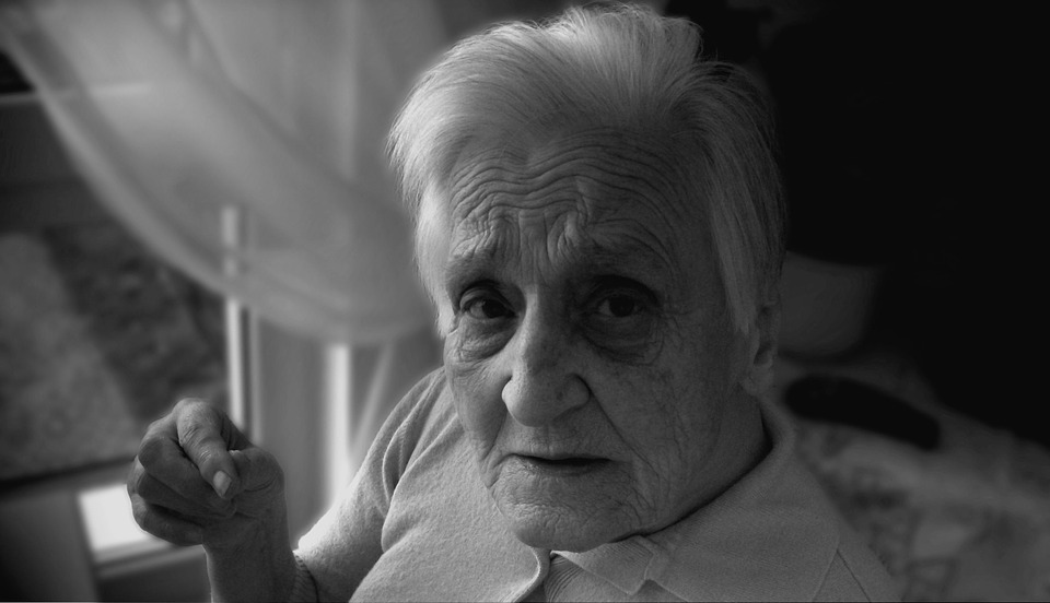 Dependent, Dementia, Woman, Old, Age, Alzheimer'S using CBD oil