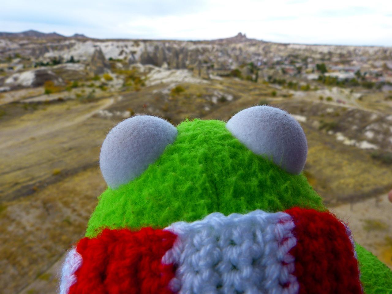 Crochet Bert from Sesame Street | Free Amigurumi Pattern - YouTube | 960x1280