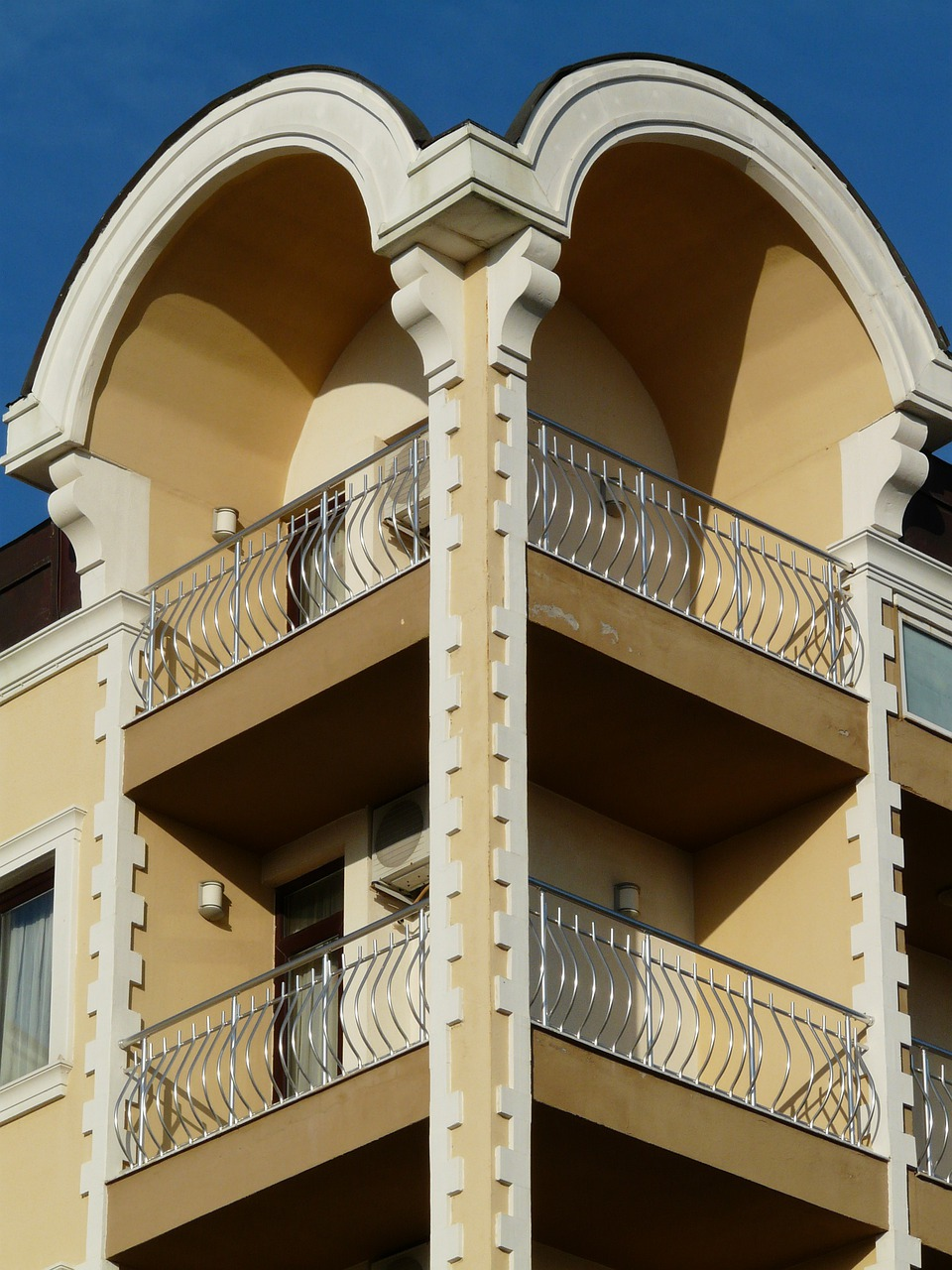 Free stock photos: balcony-home-building-architecture-grid-r.