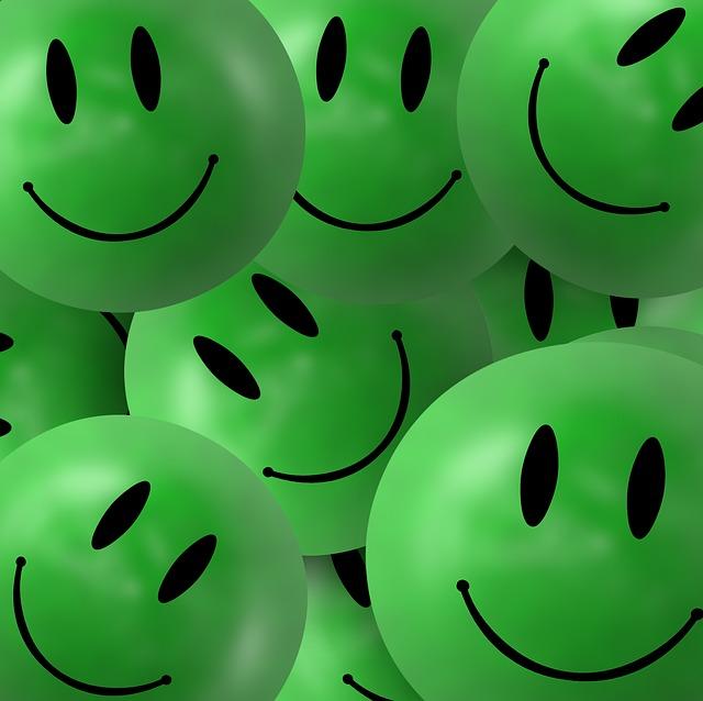 Картинки улыбок на телефон
