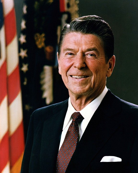 Blueberry Jelly Bellies were created especially for Ronald Reagan.