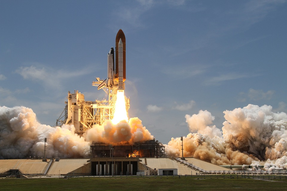ロケットの打ち上げ, 煙, ロケット, 離陸, 横から見た図, Nasa, 宇宙旅行, ドライブ, ブースト
