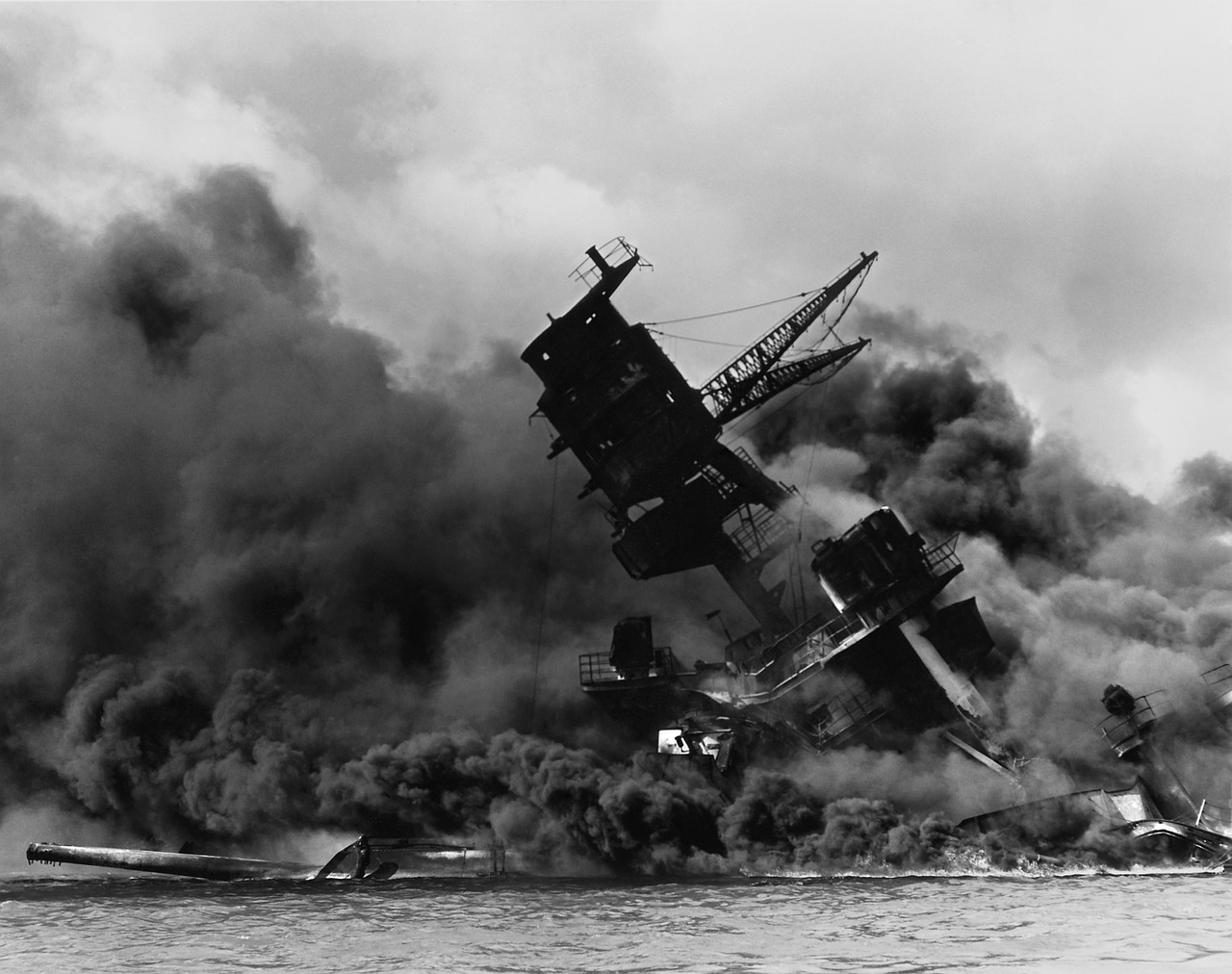 Japan's greatest aircraft carrier was sank by a tiny sub
