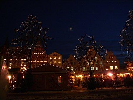 Weihnachtszeit, Weihnachtsmarkt, Lichter