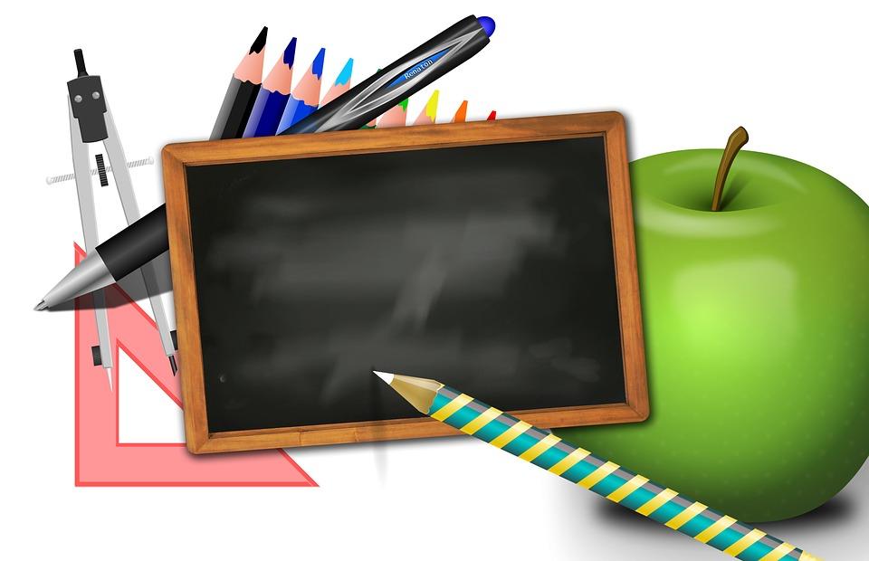 Kostenlose Illustration  Schule, Tafel, Apfel, Dreieck   Kostenloses Bild auf Pixabay   68931