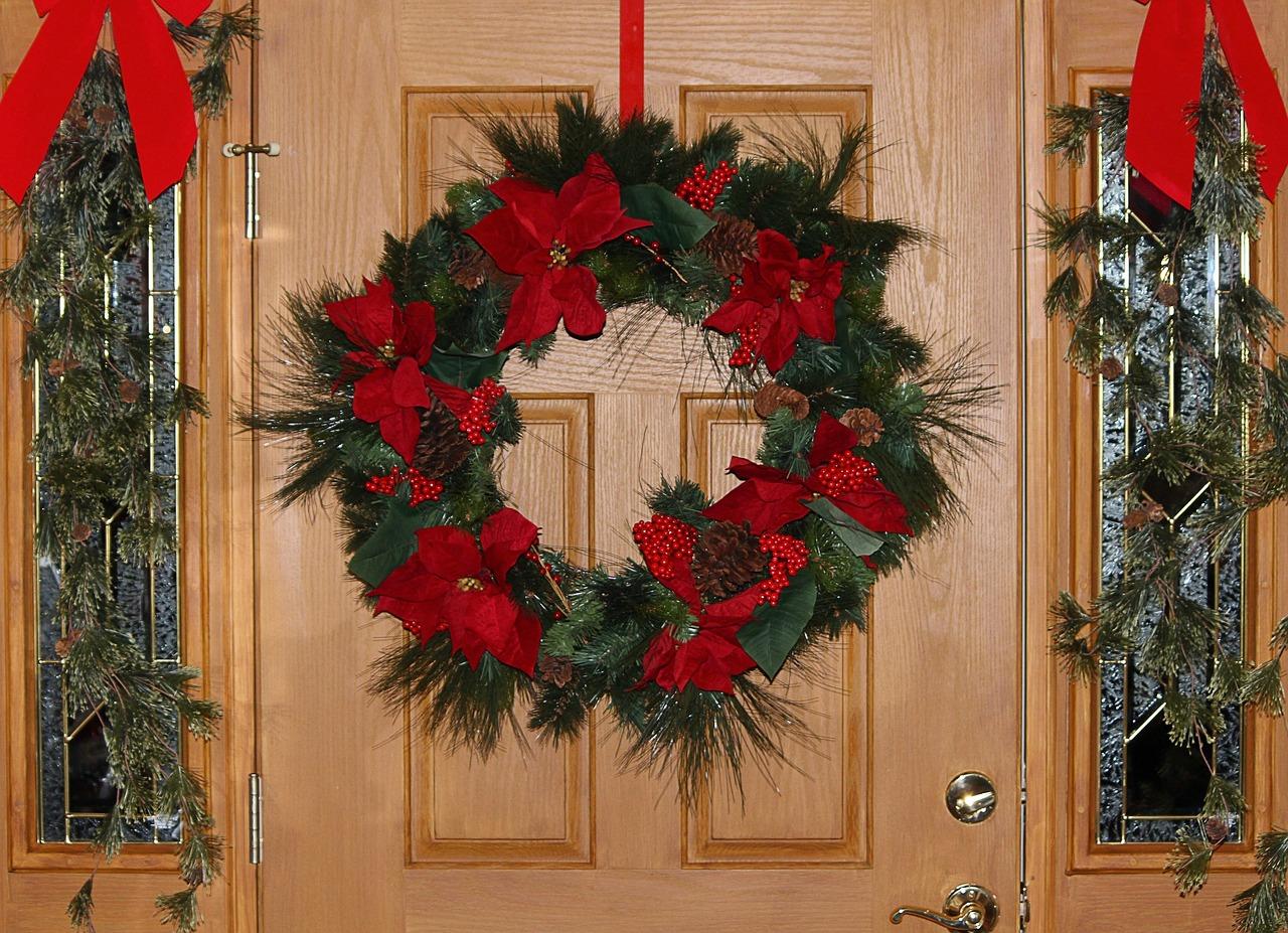 Венок новогодний для двери своими руками 981
