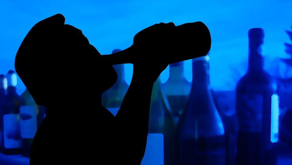 41% россиян считают антиалкогольные меры слишком мягкими