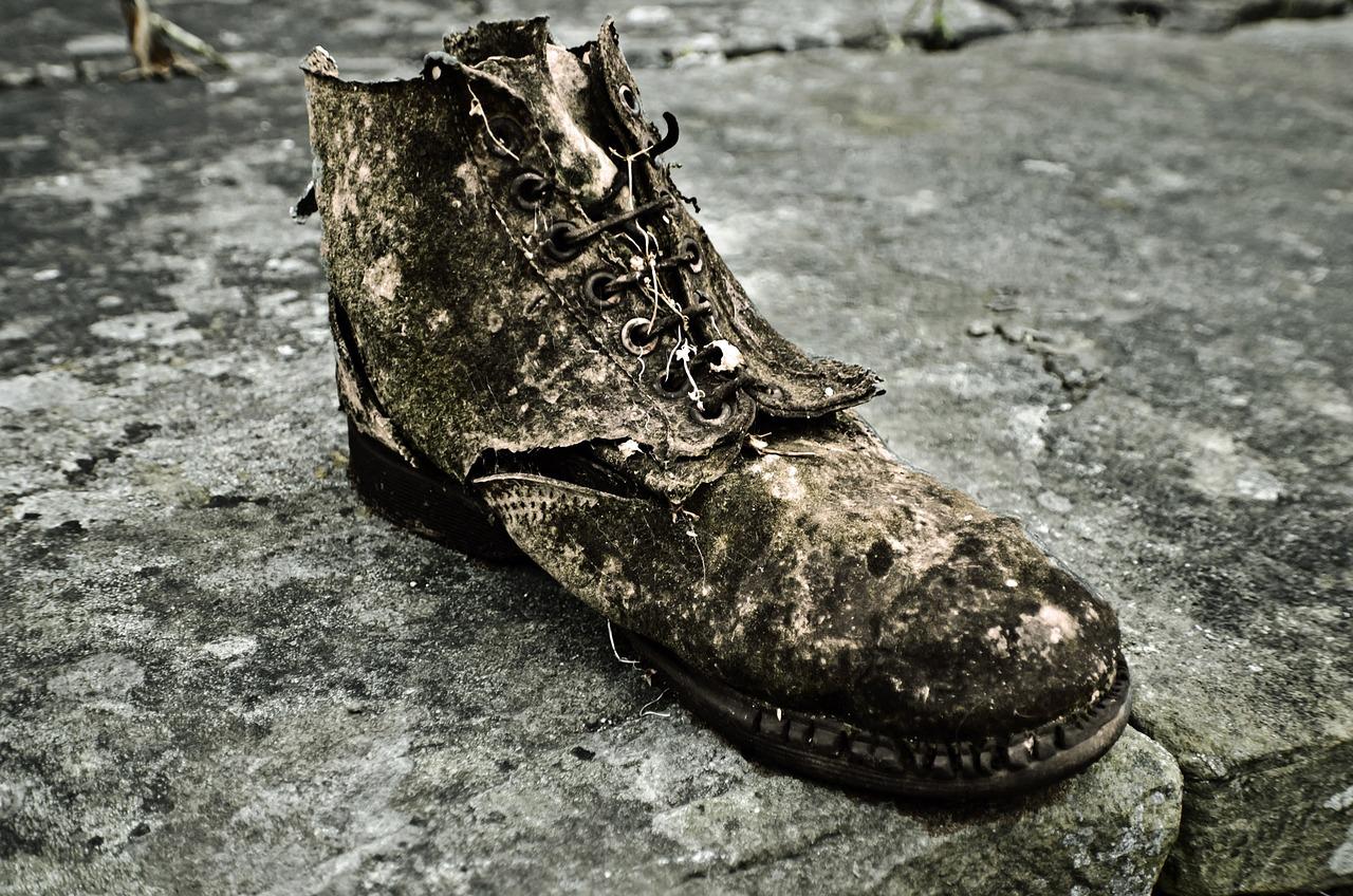свои картинка старого ботинка свежие