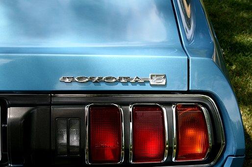 100+ Free Tail Lights & Car Images - Pixabay