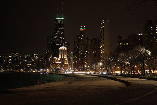 chicago night view buildings  u00b7 free photo on pixabay