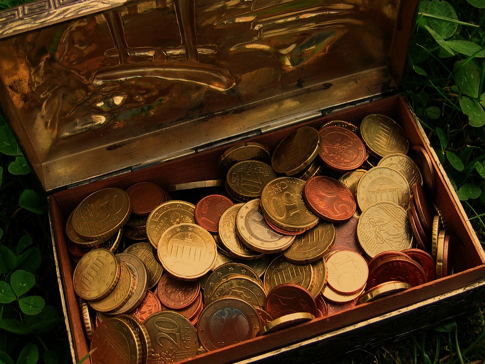 宝箱,に入った金貨