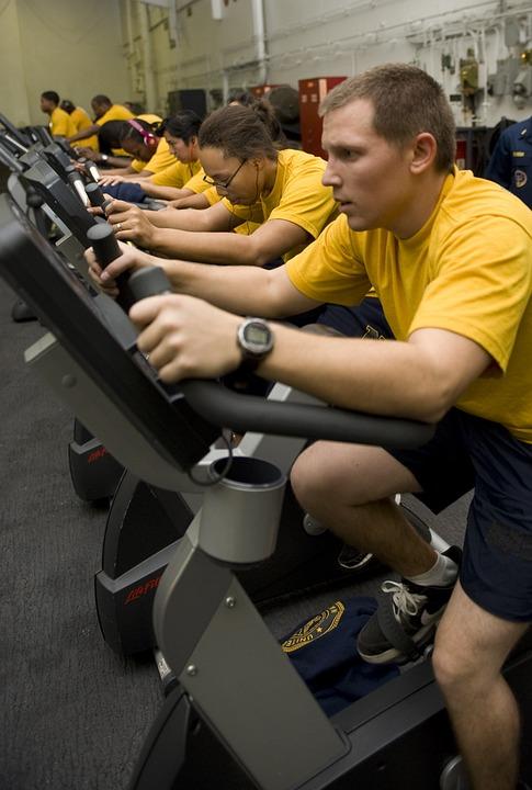 サイクリング, 男性, 女性, ジム, トレーニング, 運動, 好気性, 適合, ペダルを踏み, 文房具
