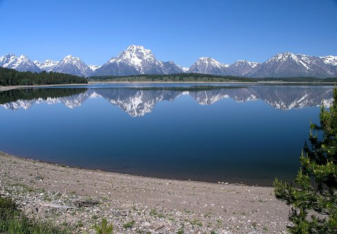 Jackson Lake Grand Teton National Park Wyo