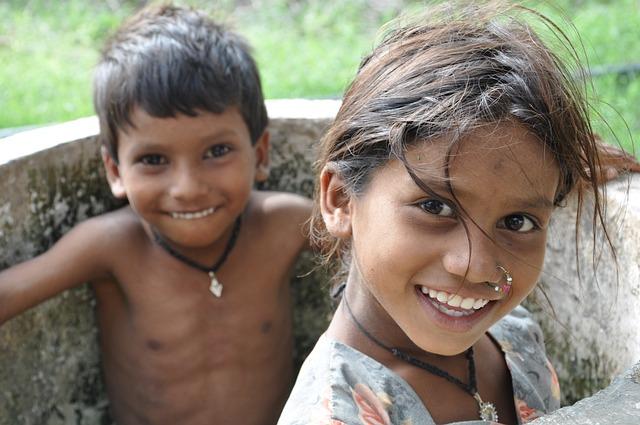 Otroci fant dekle prost Foto Na Pixabay-4230