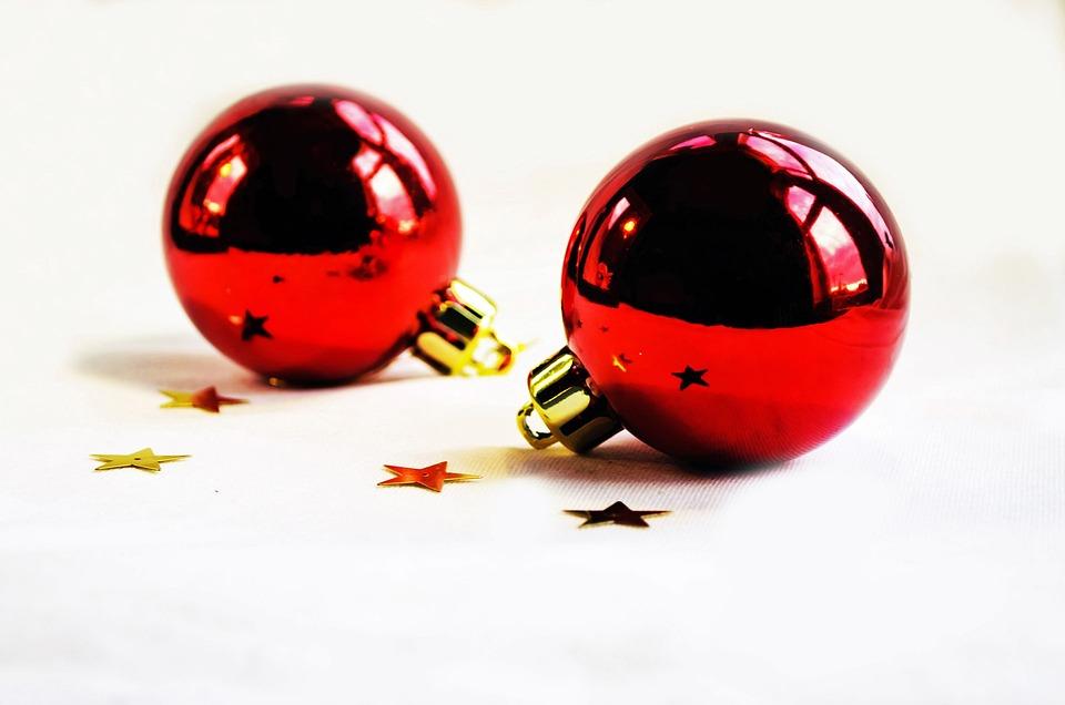 kostenloses foto weihnachtskugel christbaumkugeln kostenloses bild auf pixabay 82959. Black Bedroom Furniture Sets. Home Design Ideas