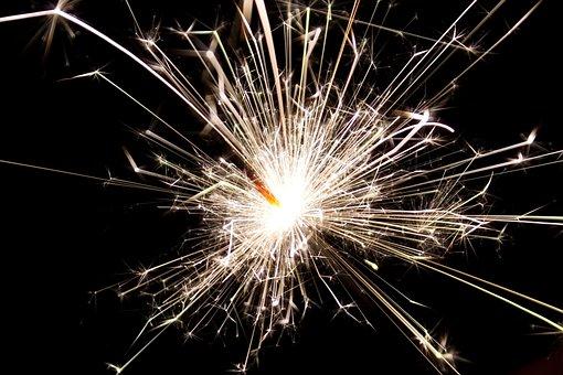 爆竹, 線香花火, 新しい年, 火花, 白熱, 輝き, 明るい, 祝賀, 花火