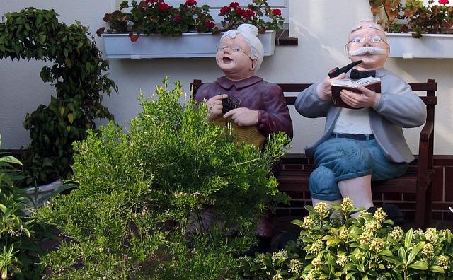 Granny is not a salad dodger - 2 6