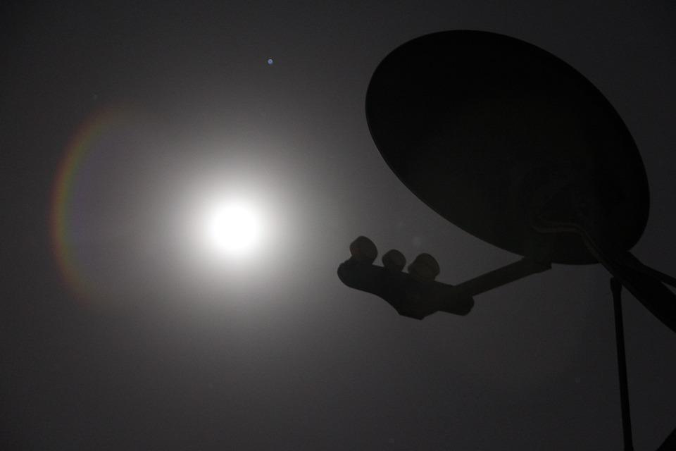 sattelite antenna