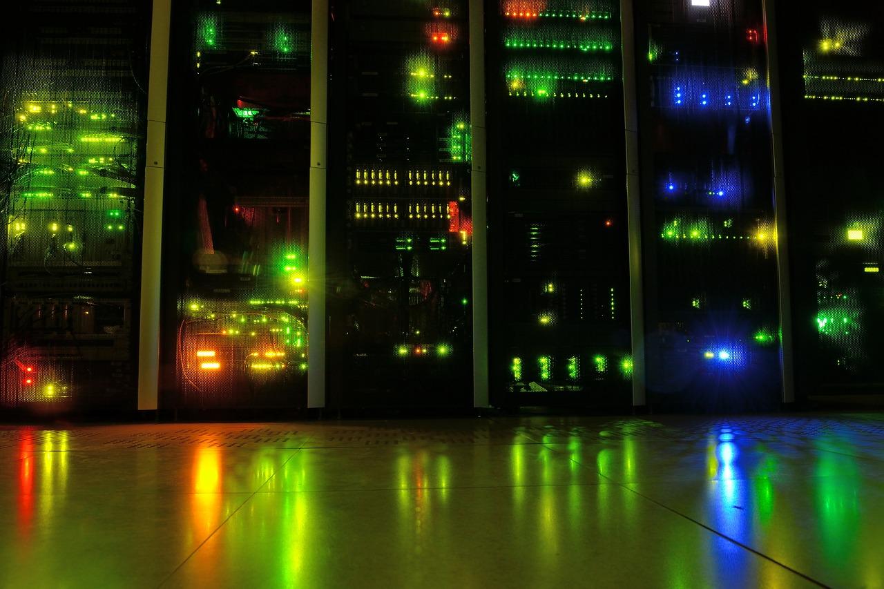 Notte-europea-dei-ricercatori-server-finanza-anidride-carbonica-sprechi