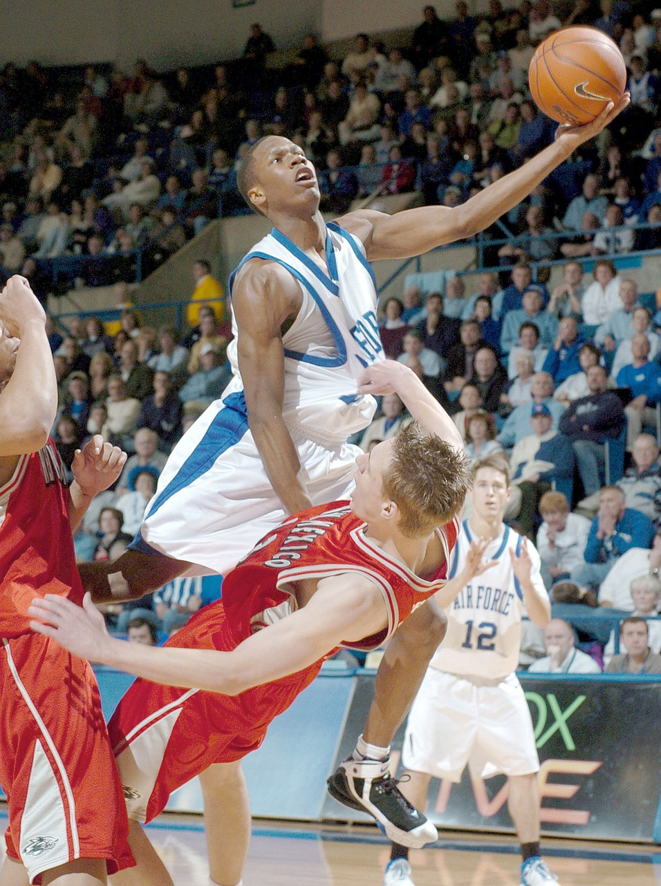 Сохранить фото баскетбол