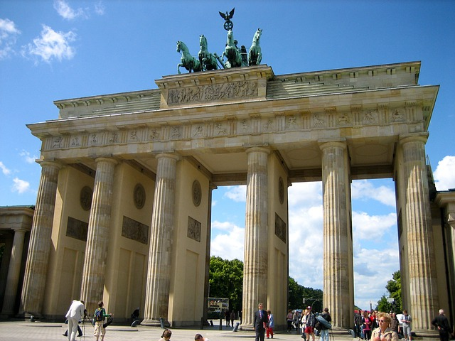 free photo brandenburg gate berlin landmark free. Black Bedroom Furniture Sets. Home Design Ideas