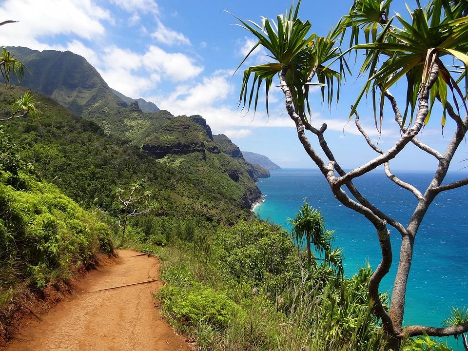 napali-coast-kauai-nawiliwili