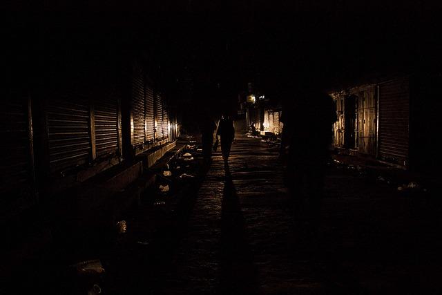 En la oscuridad 10 - 3 10