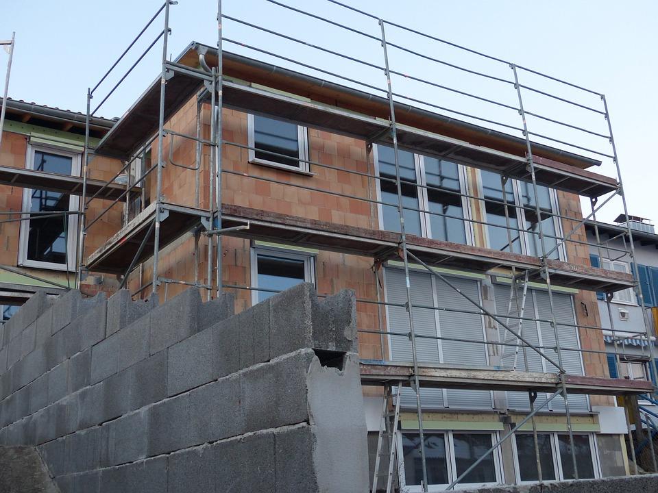 Baustelle Hausbau Bauen Gerüst Haus Rohbau