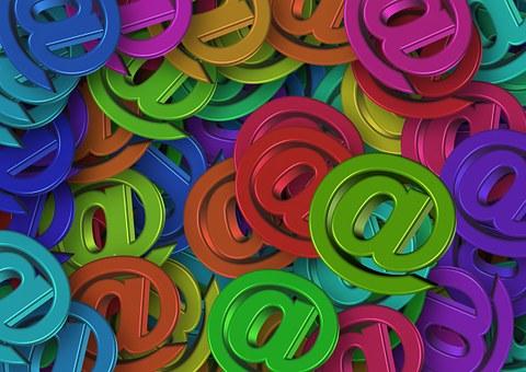 邮件群发软件和邮件群发平台的区别