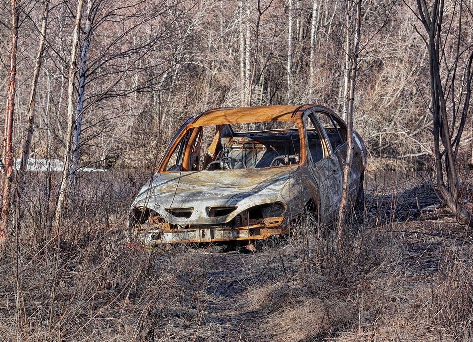 finland abandoned car auto automobile