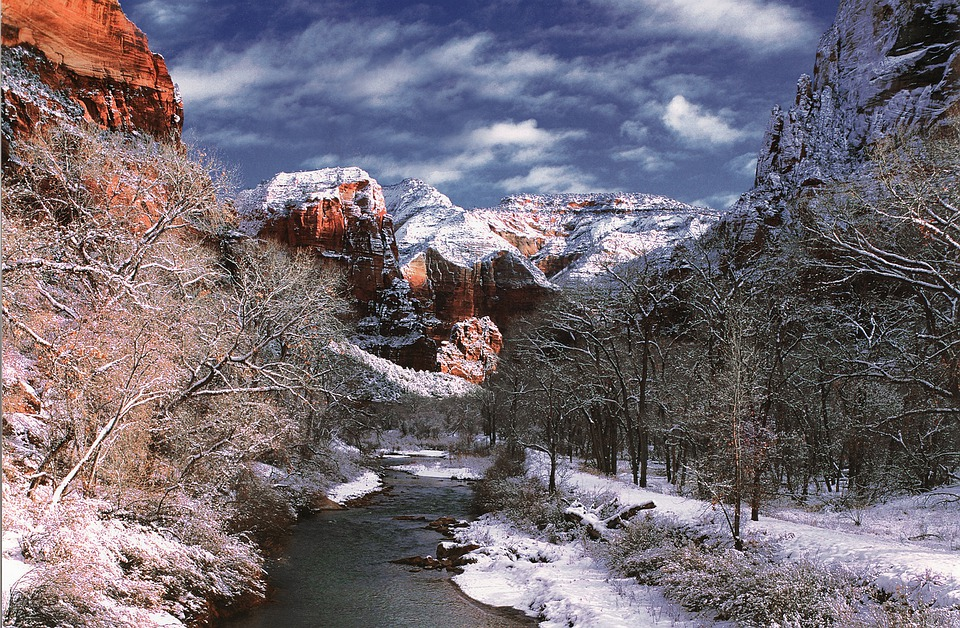 Virgin River flowing through Zion Canyon during the winter