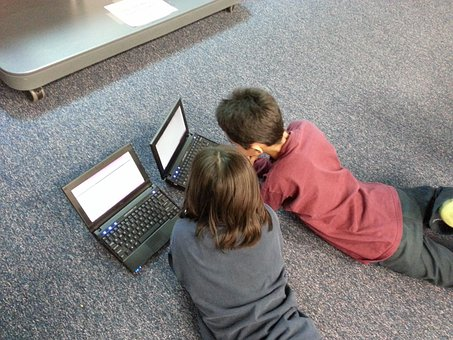 Junge, Mädchen, Kinder, Computer, Lernen