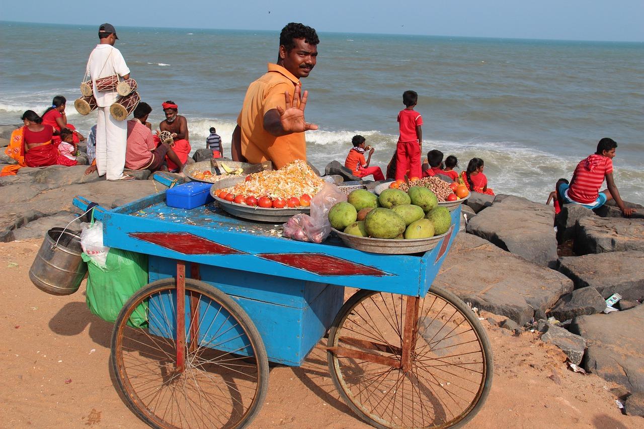 Продавцы на пляже фото