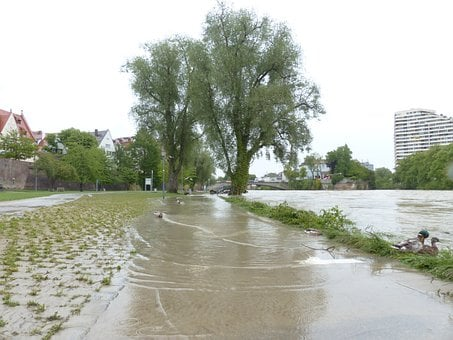 High Water, Danube, Ulm, Road